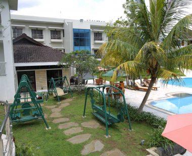 Pool & Playground