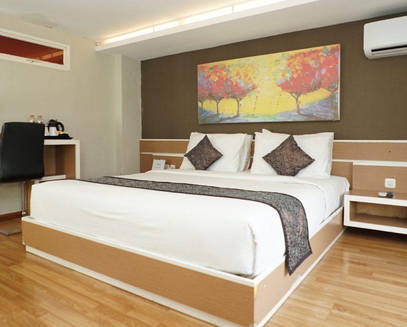 Deluxe Mezanine Room